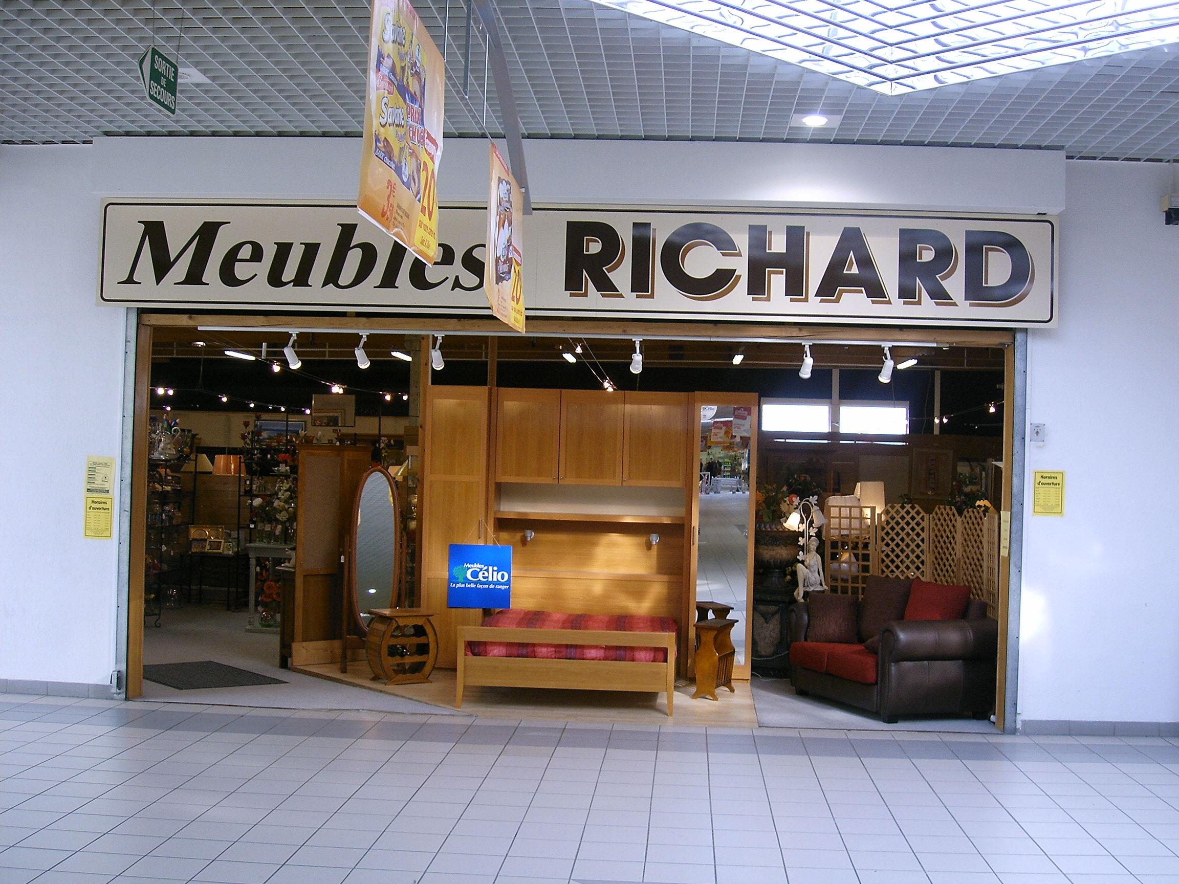 Photos de meubles richard rethel 08300 for Horaire piscine rethel
